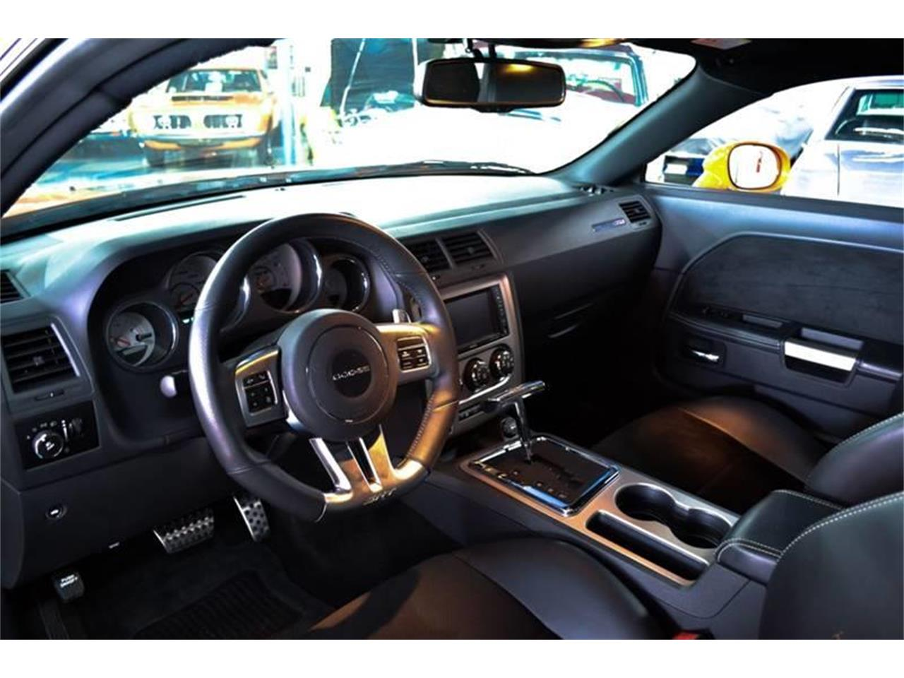 Large Picture of '12 Dodge Challenger - $32,900.00 - OXHJ