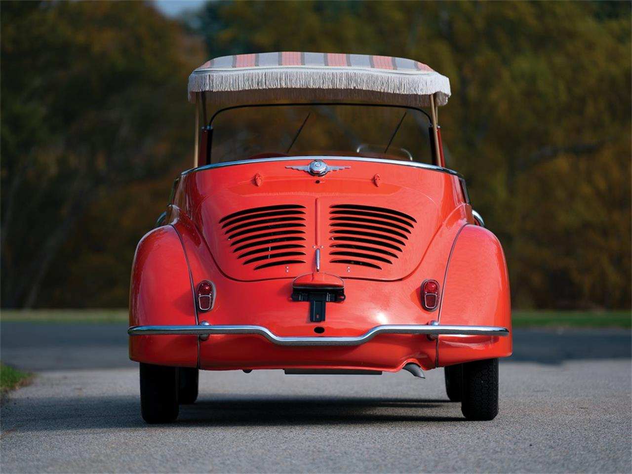 Large Picture of '60 Renault 4CV Jolly Auction Vehicle Offered by RM Sotheby's - OXJ2