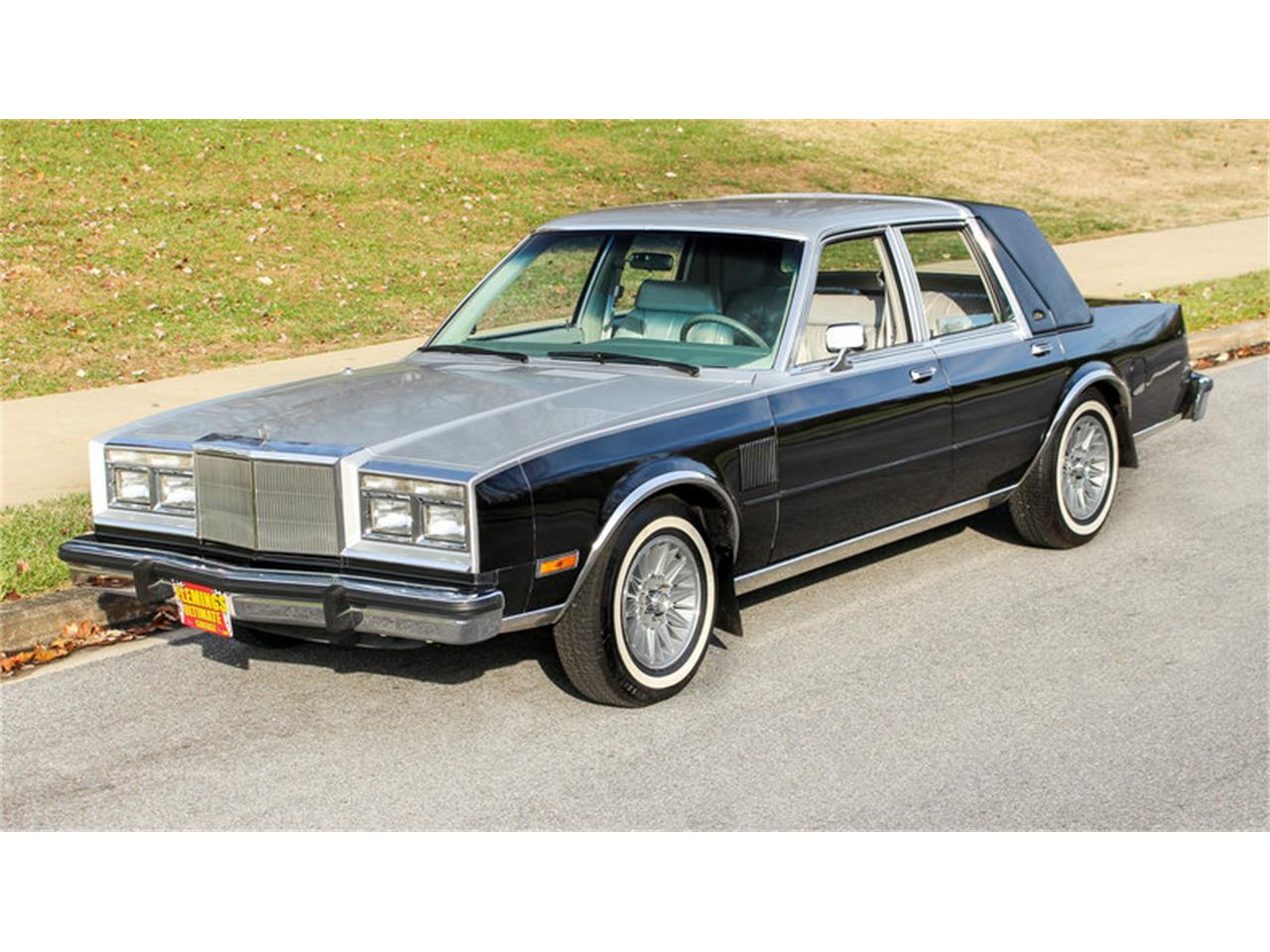 14226366-1985-chrysler-fifth-avenue-std.jpg