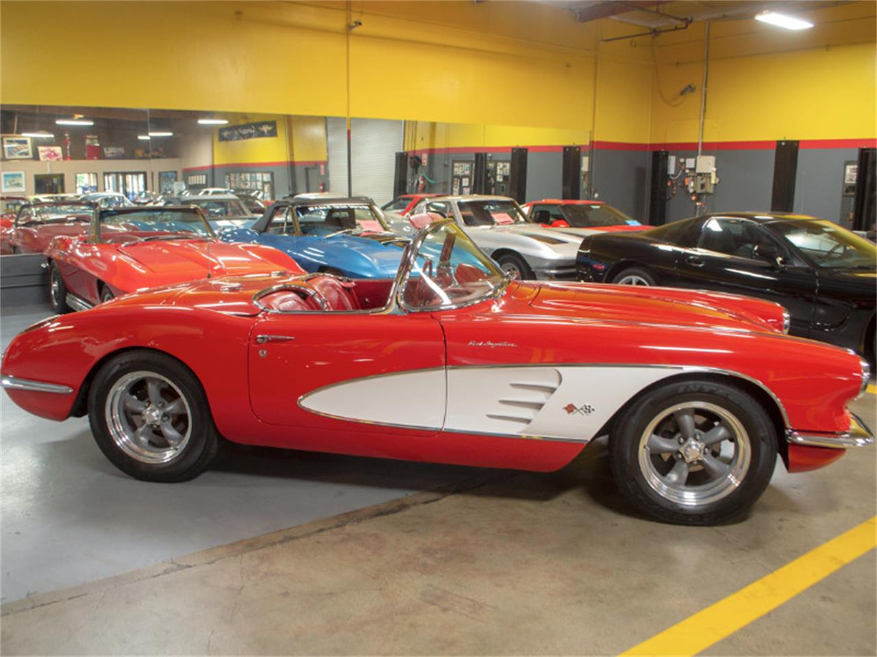 Large Picture of '60 Chevrolet Corvette - $129,900.00 - OXRY