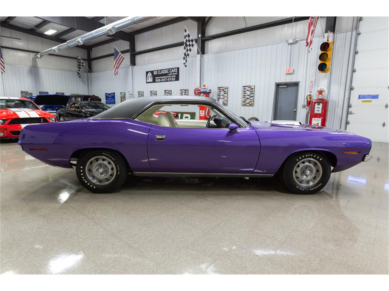 Large Picture of '70 Barracuda - OVCH