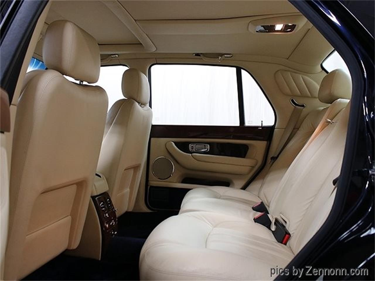 Large Picture of '04 Bentley Arnage located in Illinois - $35,990.00 - OY0M