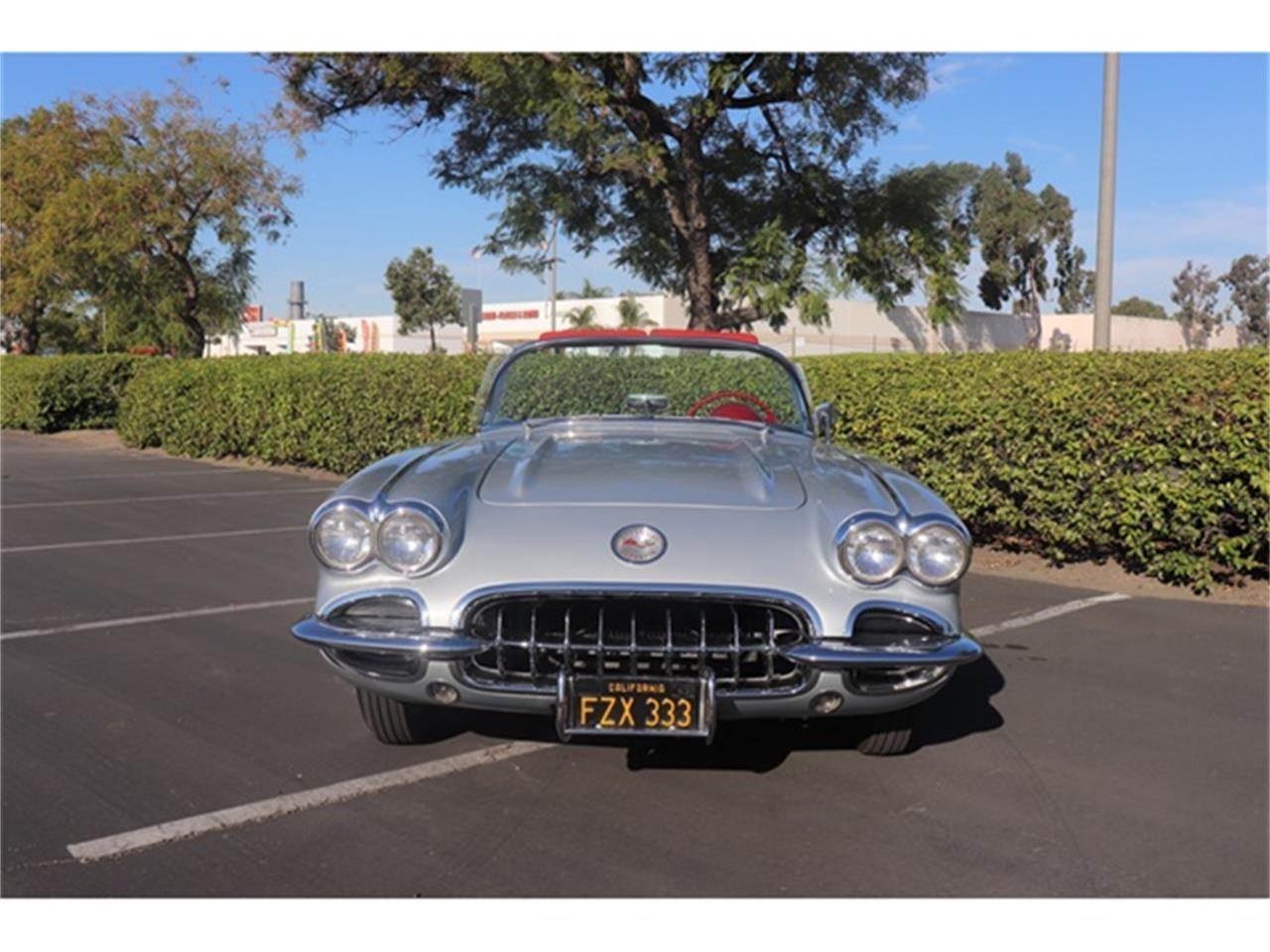 Large Picture of Classic 1960 Corvette - OY1S
