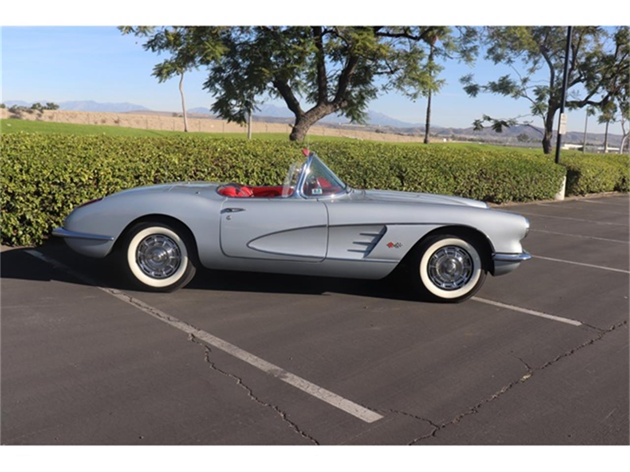 Large Picture of '60 Corvette located in Anaheim California - $78,900.00 - OY1S
