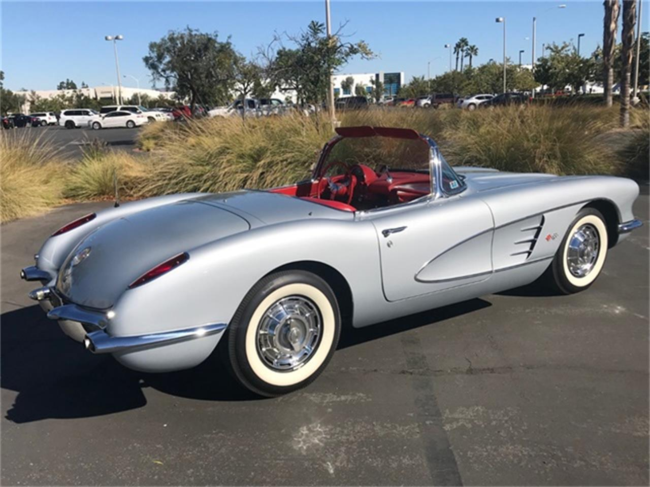 Large Picture of Classic '60 Corvette located in California - $78,900.00 - OY1S