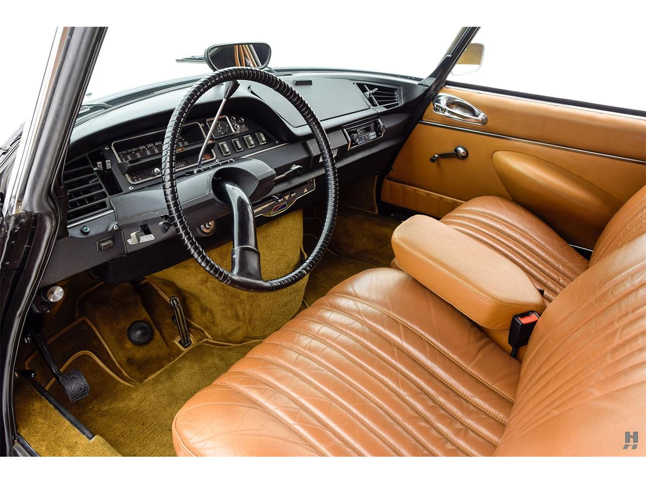 Large Picture of Classic '69 DS21 Pallas Offered by Hyman Ltd. Classic Cars - OVD1