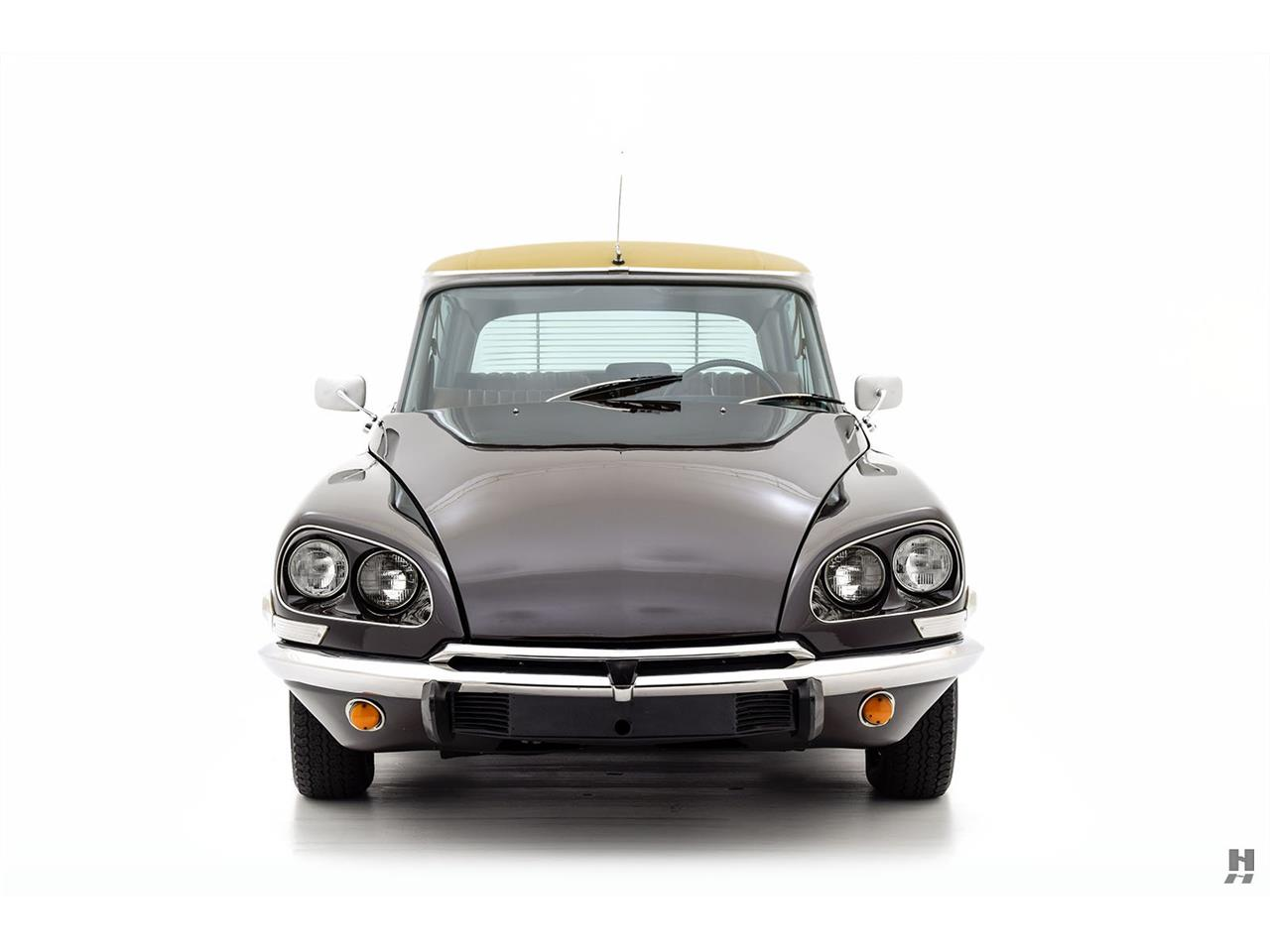 Large Picture of '69 Citroen DS21 Pallas located in Saint Louis Missouri - $79,500.00 Offered by Hyman Ltd. Classic Cars - OVD1