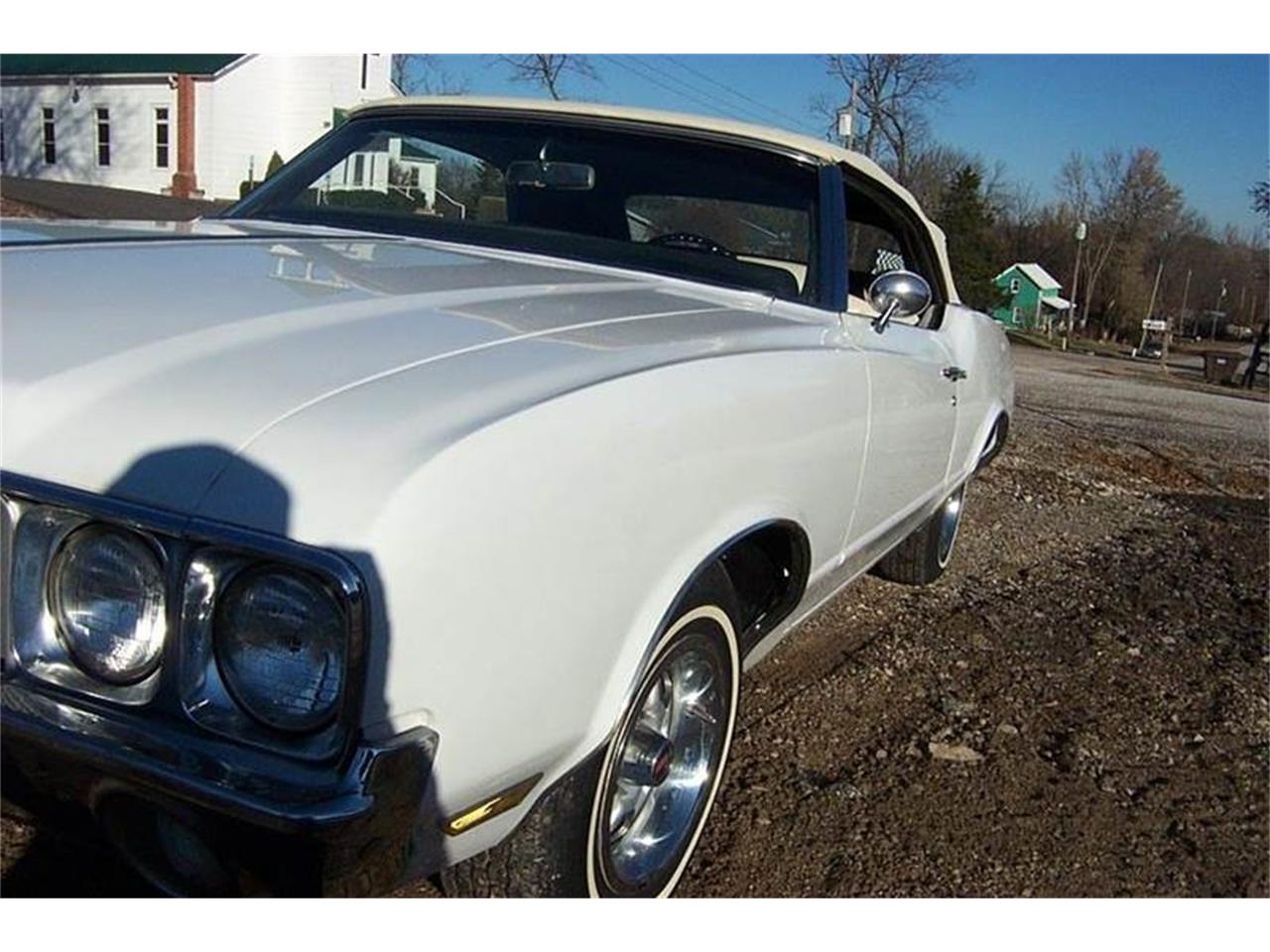 Large Picture of 1970 Cutlass Supreme located in Missouri - OY7X