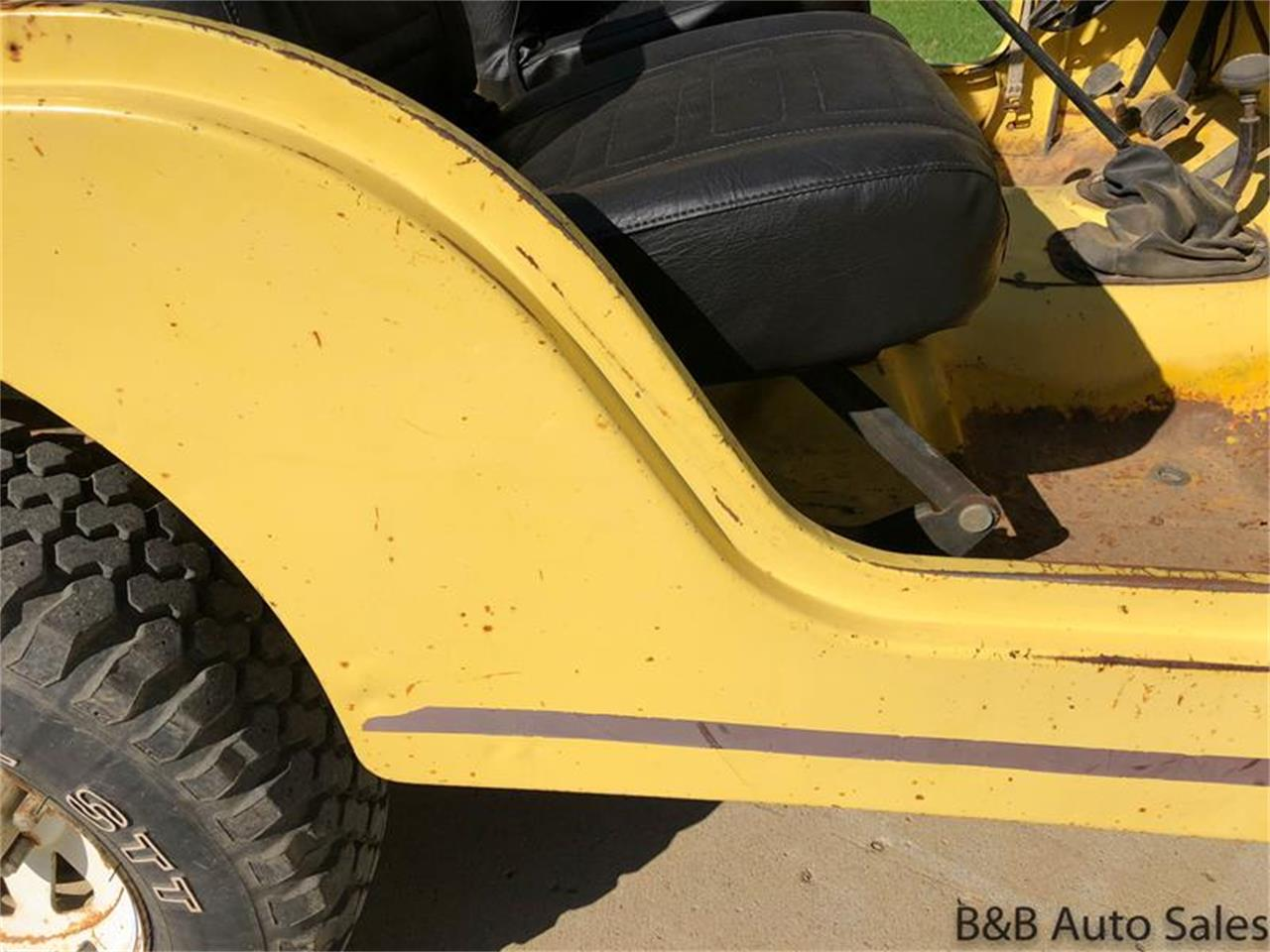 Large Picture of '76 CJ5 - $9,000.00 Offered by B & B Auto Sales - OY88