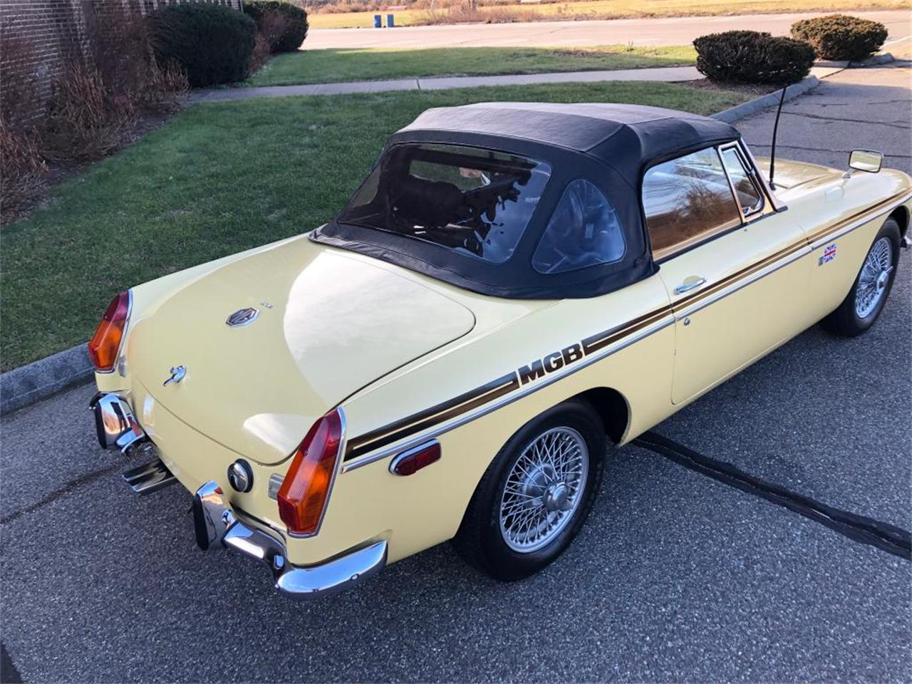 Large Picture of 1970 MG MGB - $18,000.00 - OYAV