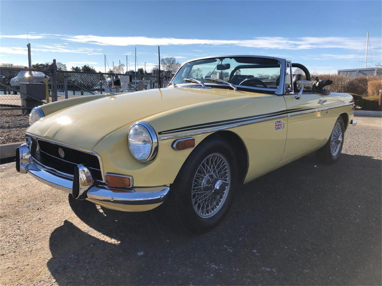 Large Picture of Classic 1970 MGB located in Connecticut Offered by Napoli Classics - OYAV