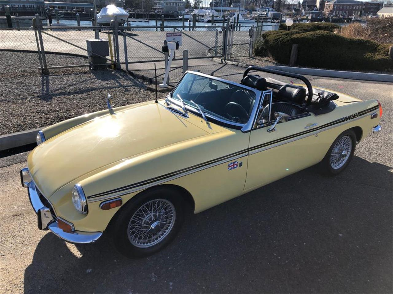 Large Picture of Classic '70 MGB located in Connecticut - $18,000.00 - OYAV