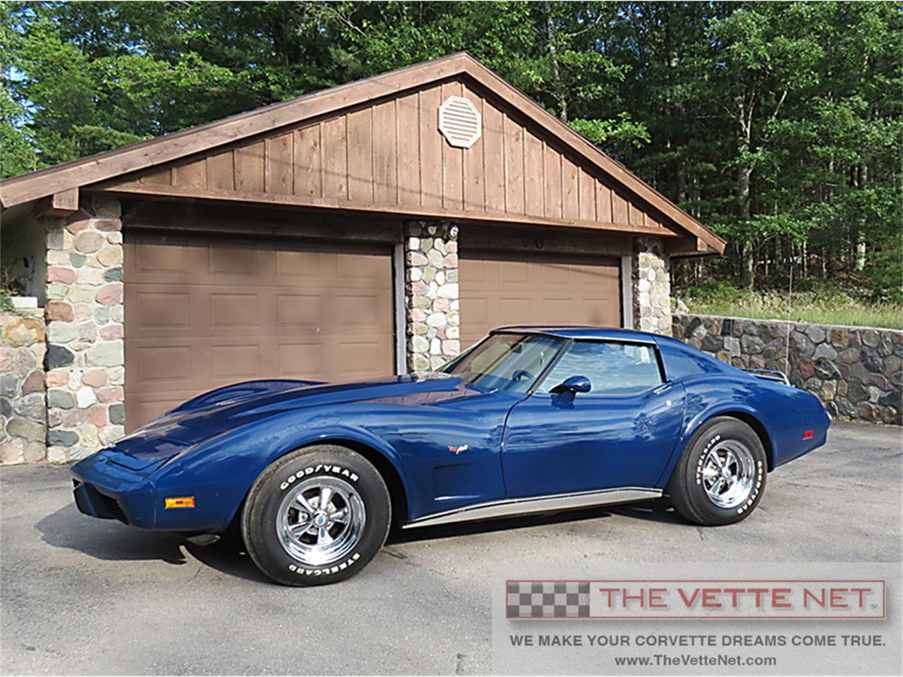 Large Picture of '77 Chevrolet Corvette - OYGJ