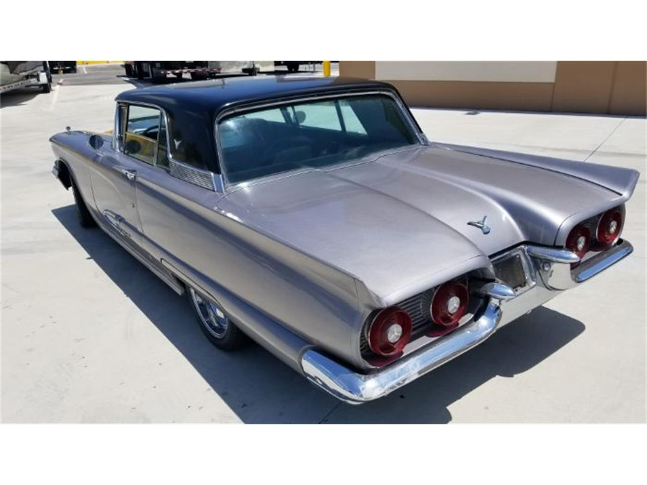 Large Picture of '59 Thunderbird - OYS0
