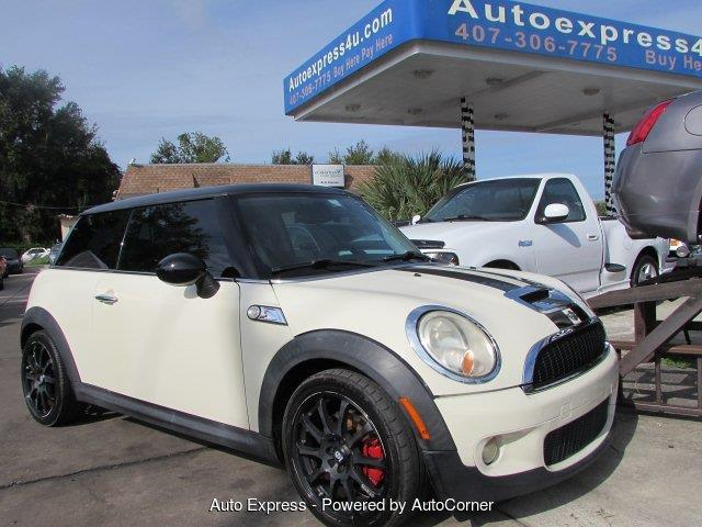 Picture of 2010 Cooper located in Florida Offered by  - OYTO