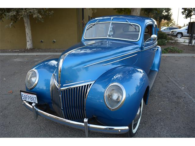 Picture of '39 Ford Deluxe located in Visalia California Offered by  - OYY0
