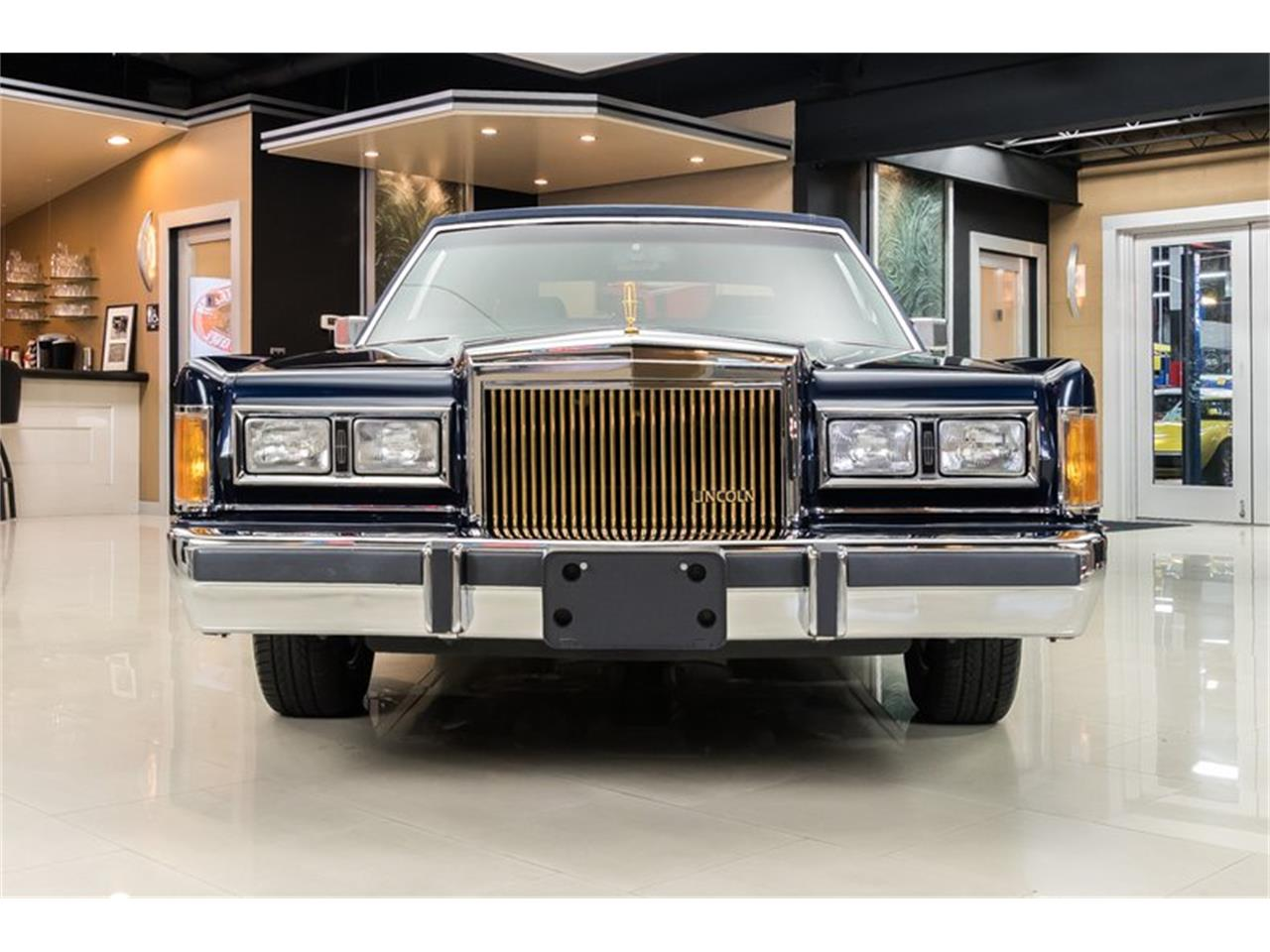 Large Picture of 1989 Lincoln Town Car - $28,900.00 Offered by Vanguard Motor Sales - OYYG