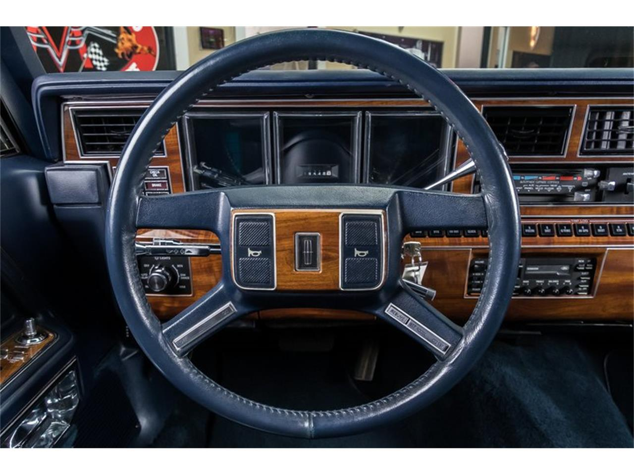 Large Picture of 1989 Town Car located in Plymouth Michigan - $28,900.00 - OYYG