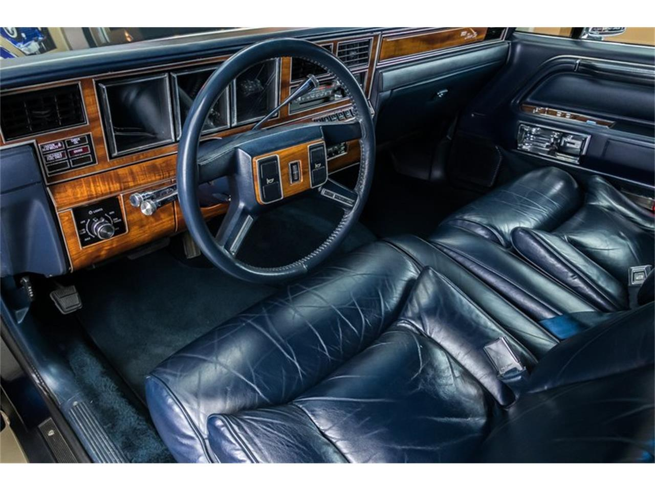 Large Picture of 1989 Town Car located in Michigan - $28,900.00 Offered by Vanguard Motor Sales - OYYG