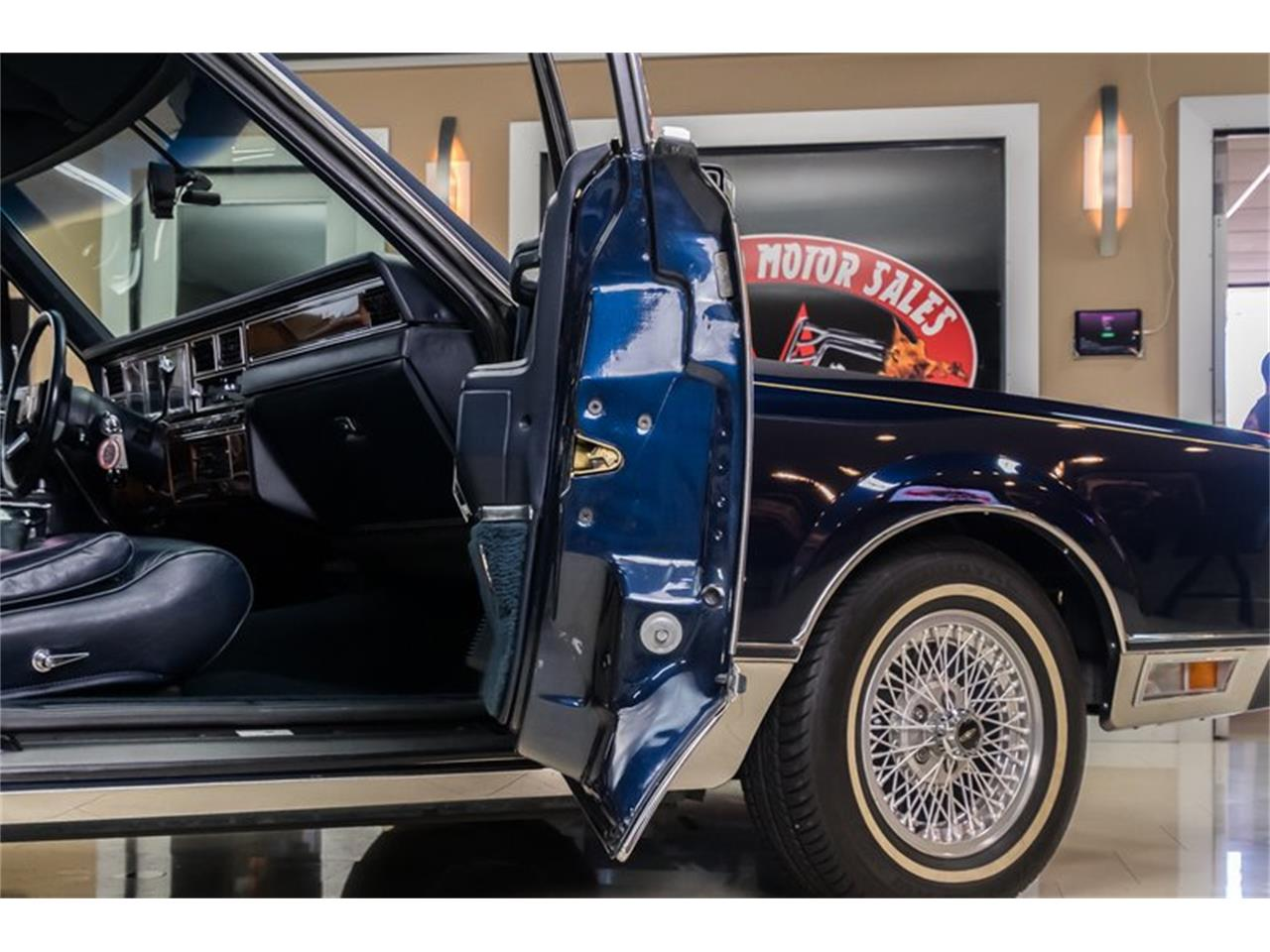 Large Picture of '89 Lincoln Town Car - $28,900.00 - OYYG
