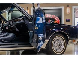 Picture of 1989 Lincoln Town Car located in Michigan Offered by Vanguard Motor Sales - OYYG