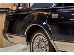 Picture of 1989 Lincoln Town Car Offered by Vanguard Motor Sales - OYYG