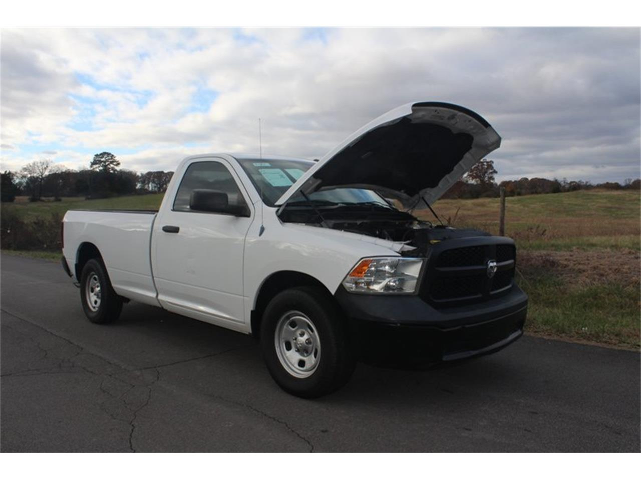 Large Picture of '13 Ram 1500 - OZ0I