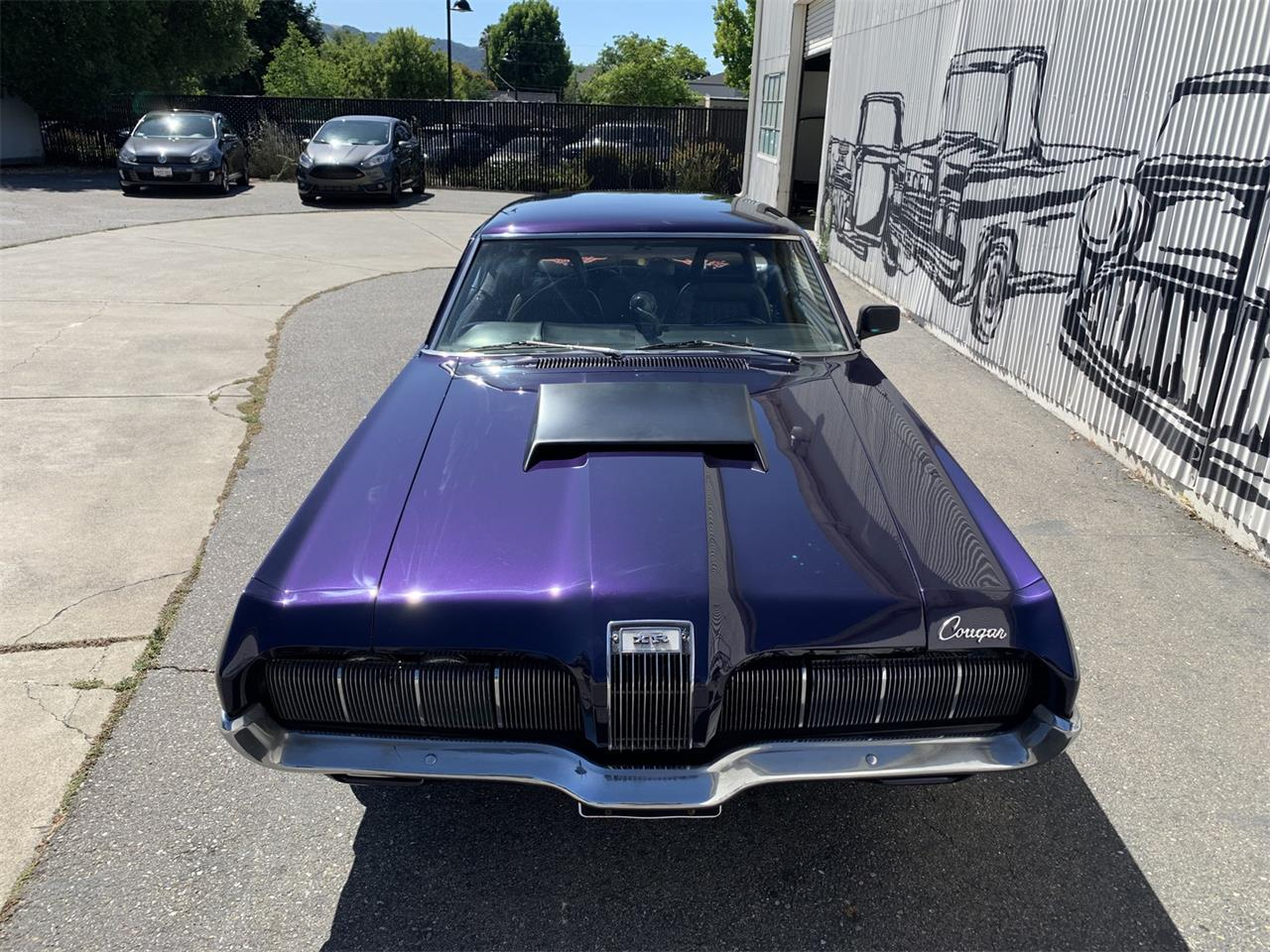 Large Picture of '70 Cougar - OZ98