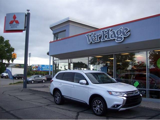 Picture of '18 Outlander located in Michigan Offered by  - OZAF