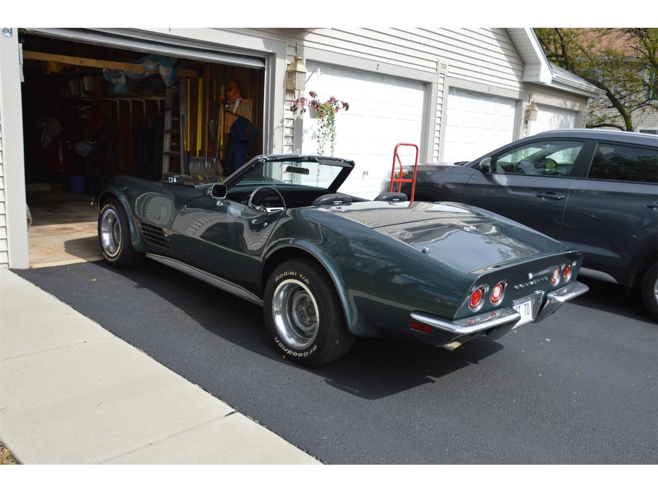 Large Picture of '70 Corvette - OZBO