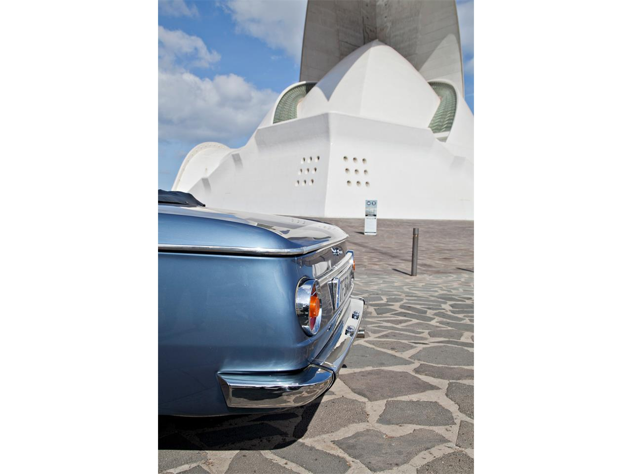 Large Picture of Classic 1971 BMW 2002 located in Canary Islands - OZFT