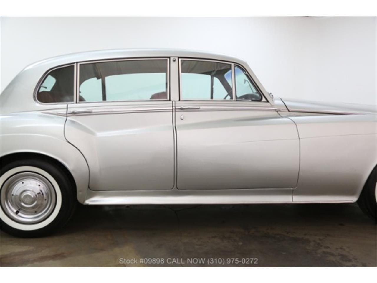 Large Picture of '64 Silver Cloud III located in Beverly Hills California - $44,500.00 - OZGN