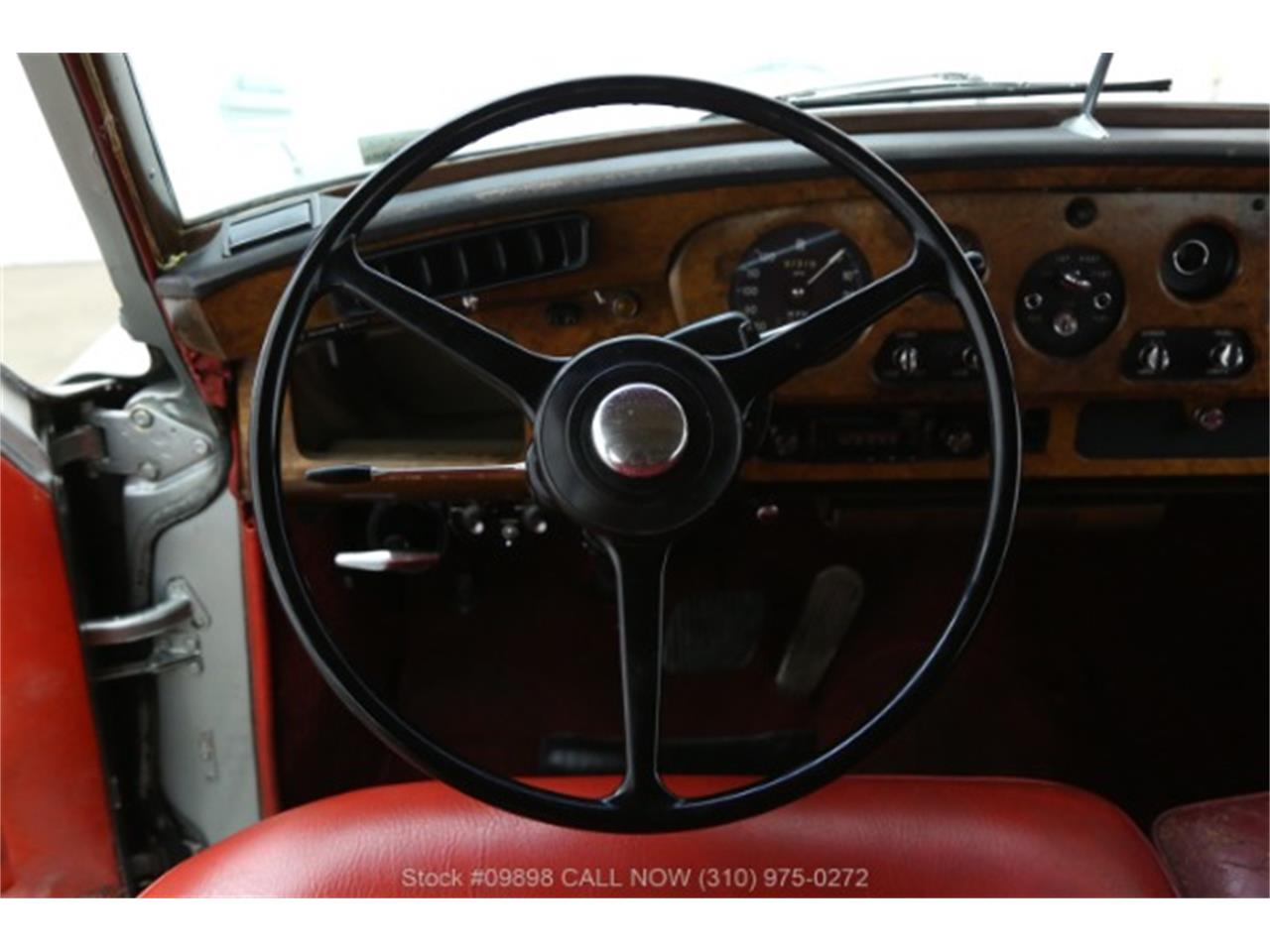 Large Picture of 1964 Silver Cloud III located in Beverly Hills California Offered by Beverly Hills Car Club - OZGN