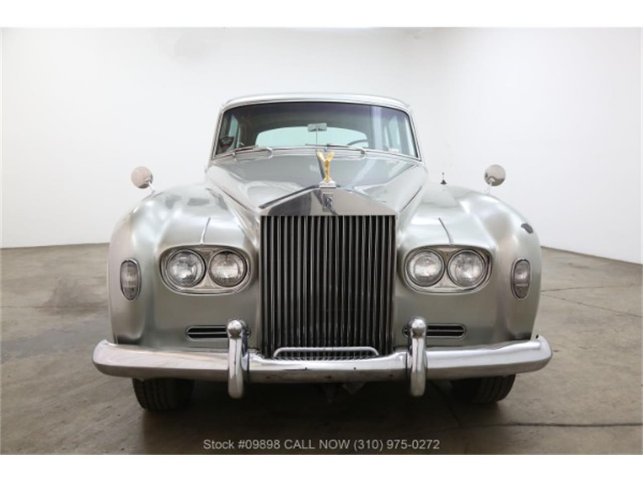 Large Picture of Classic '64 Silver Cloud III located in California - $44,500.00 - OZGN