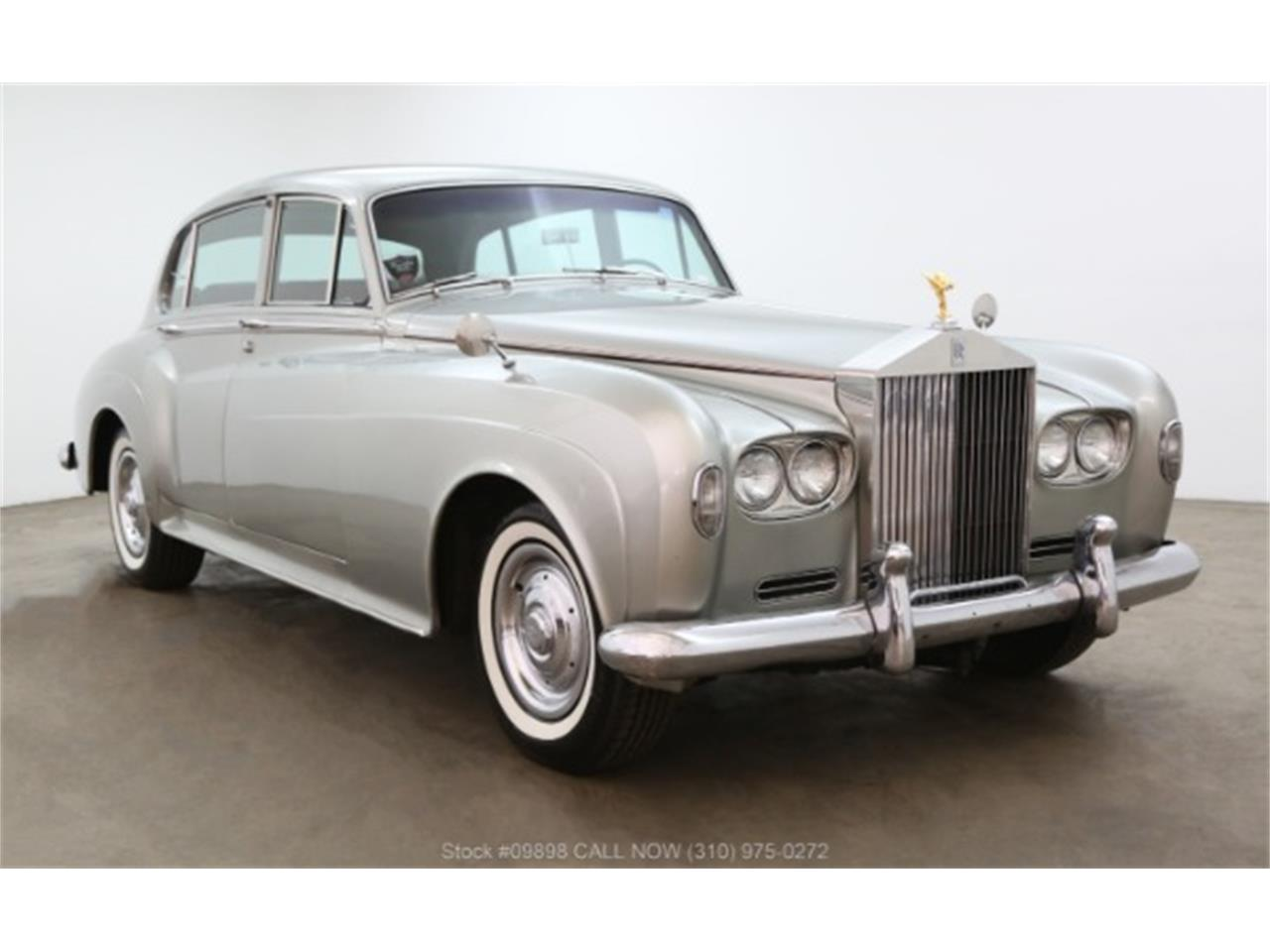 Large Picture of '64 Silver Cloud III Offered by Beverly Hills Car Club - OZGN