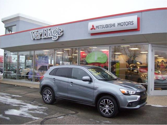 Picture of 2016 Outlander located in Michigan - OZHD