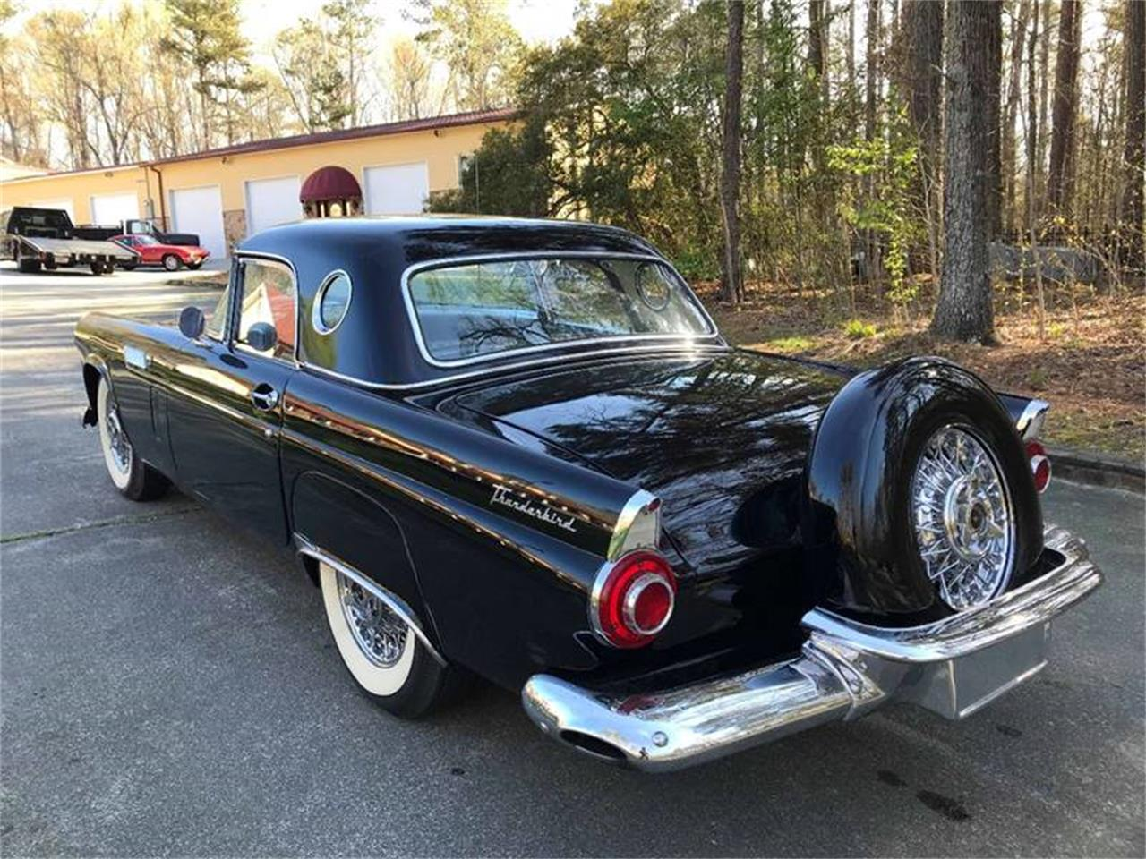 Large Picture of '56 Thunderbird - OVIK