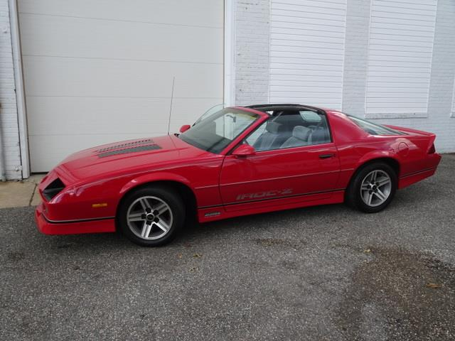 Picture of '85 Camaro IROC Z28 located in Massachusetts - OZS5