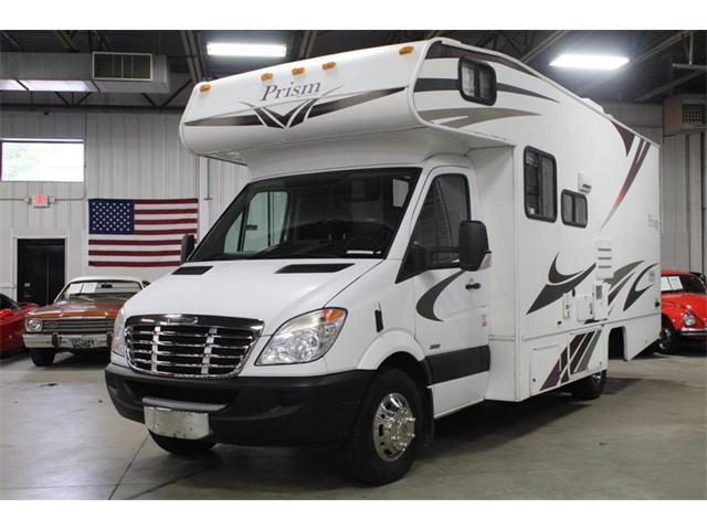 Picture of '11 Recreational Vehicle - OZZJ