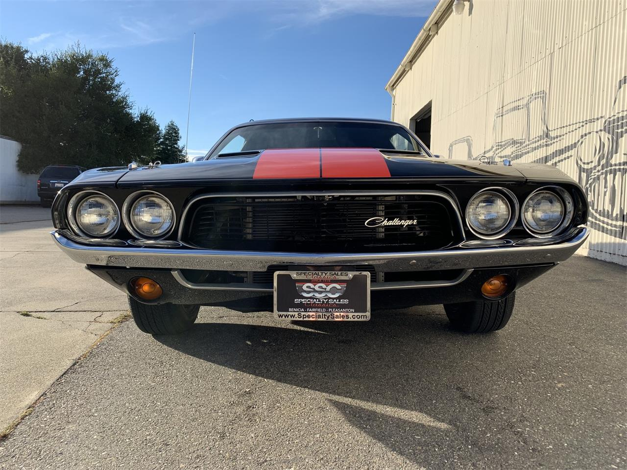 Large Picture of Classic '73 Dodge Challenger located in California - $32,990.00 - OZZY