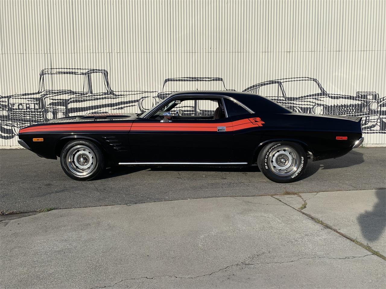 Large Picture of Classic '73 Challenger - OZZY