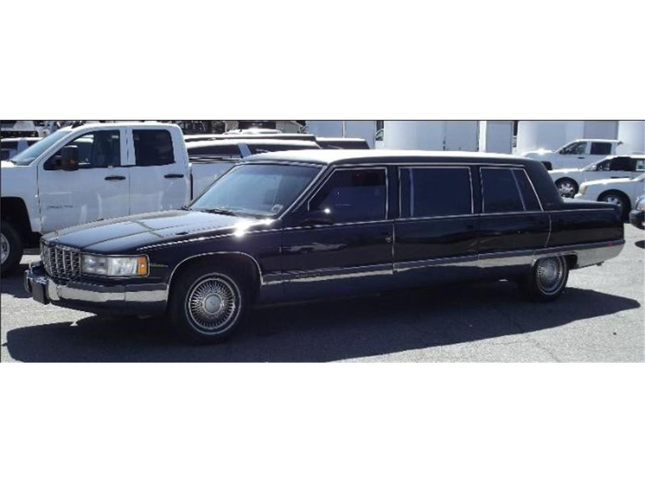 Large Picture of '96 Fleetwood - P031