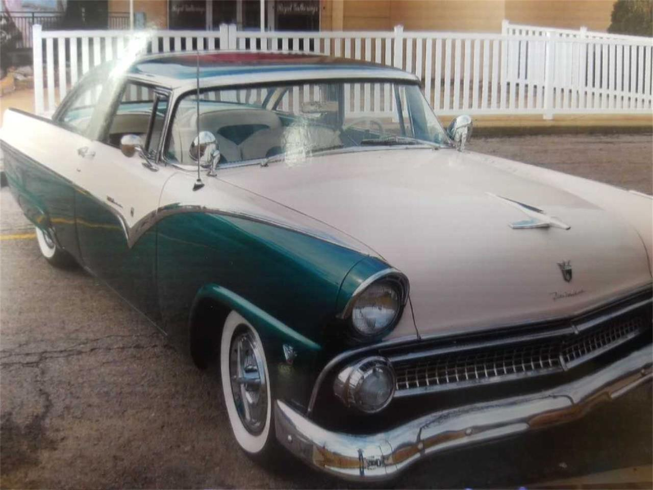 Large Picture of Classic 1955 Ford Fairlane Offered by Auto Market King LLC - P061
