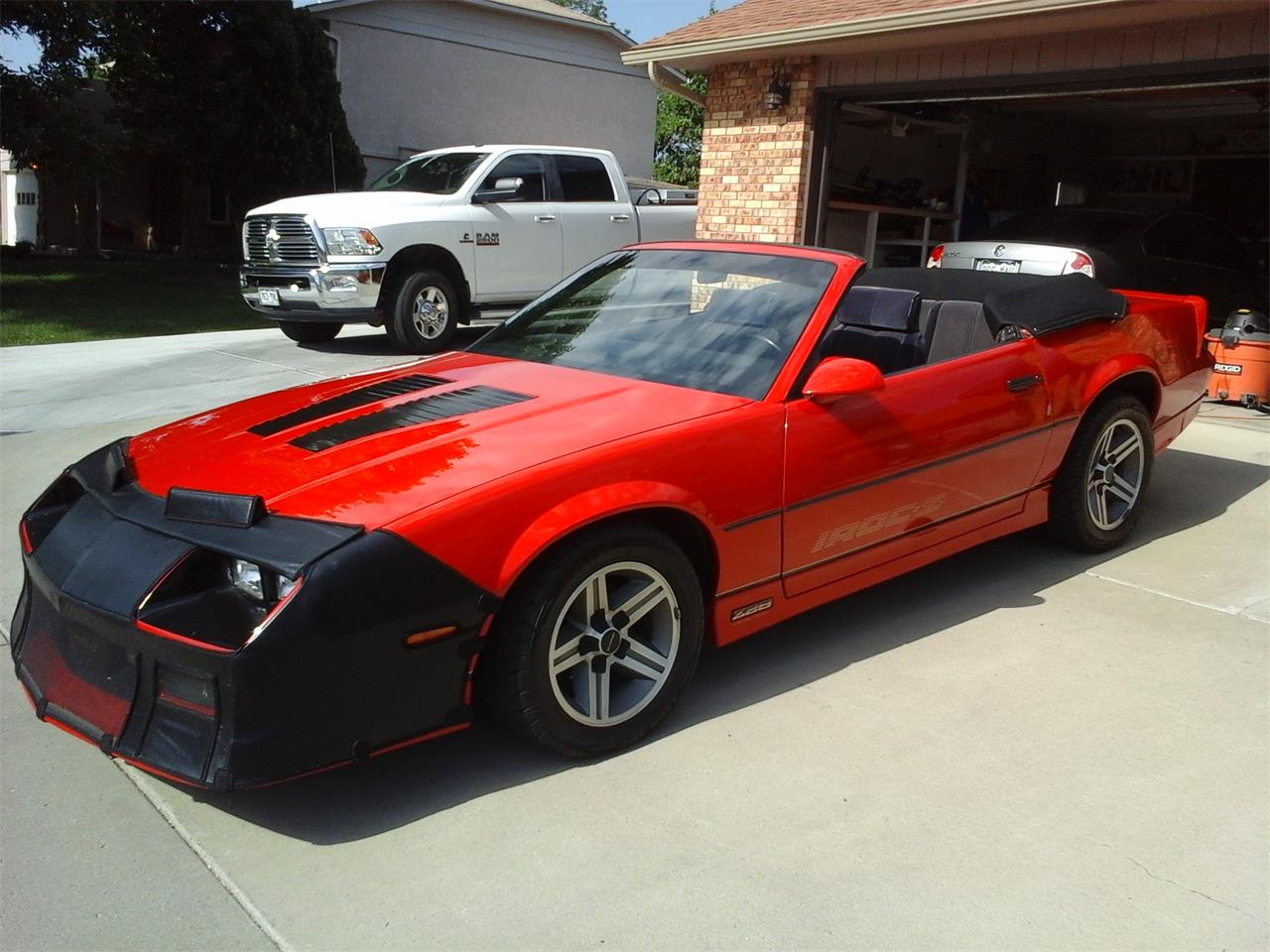 Large Picture Of 85 Camaro Iroc Z28 P0hf