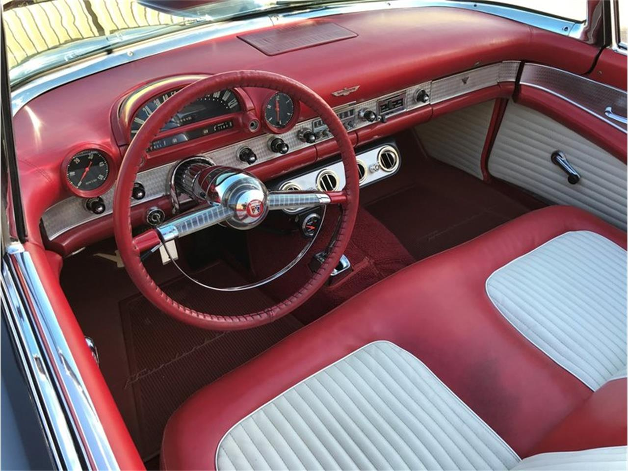 Large Picture of '55 Thunderbird - OVM4