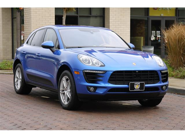 Picture of '15 Porsche Macan located in Brentwood Tennessee - P0PE