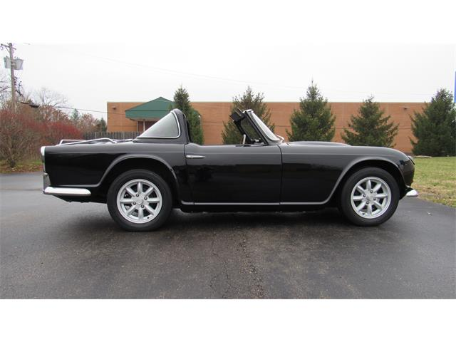 Picture of Classic 1962 Triumph TR4 located in Ohio Offered by  - P0QF