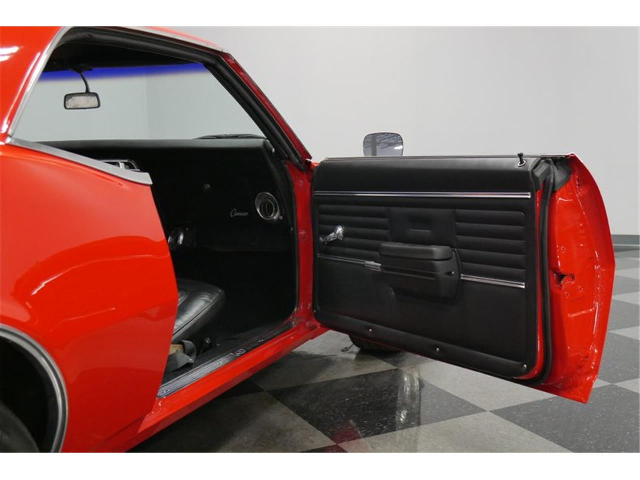Large Picture of '68 Camaro - P0RT