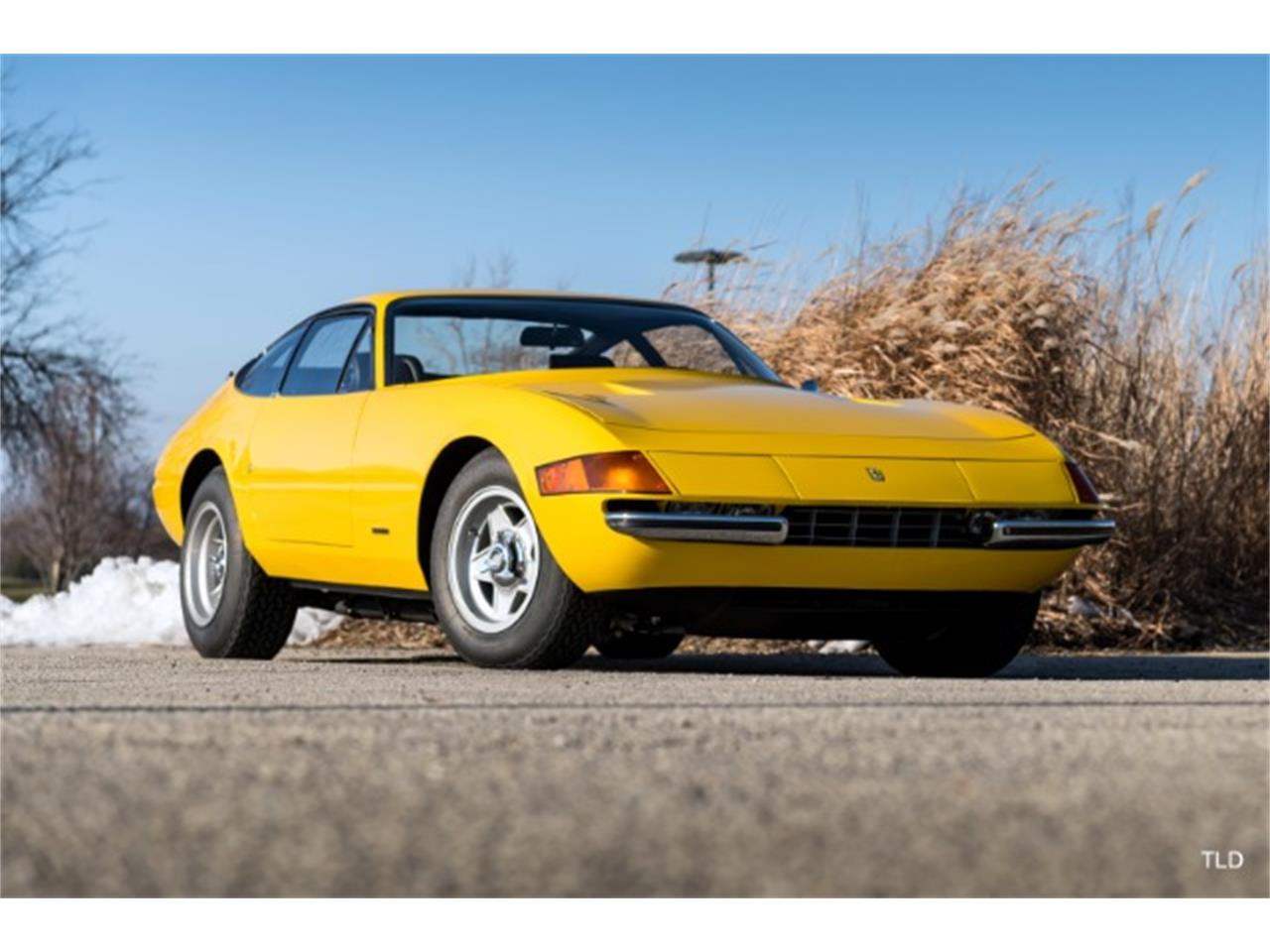 Large Picture of '71 365 GT4 - P10X