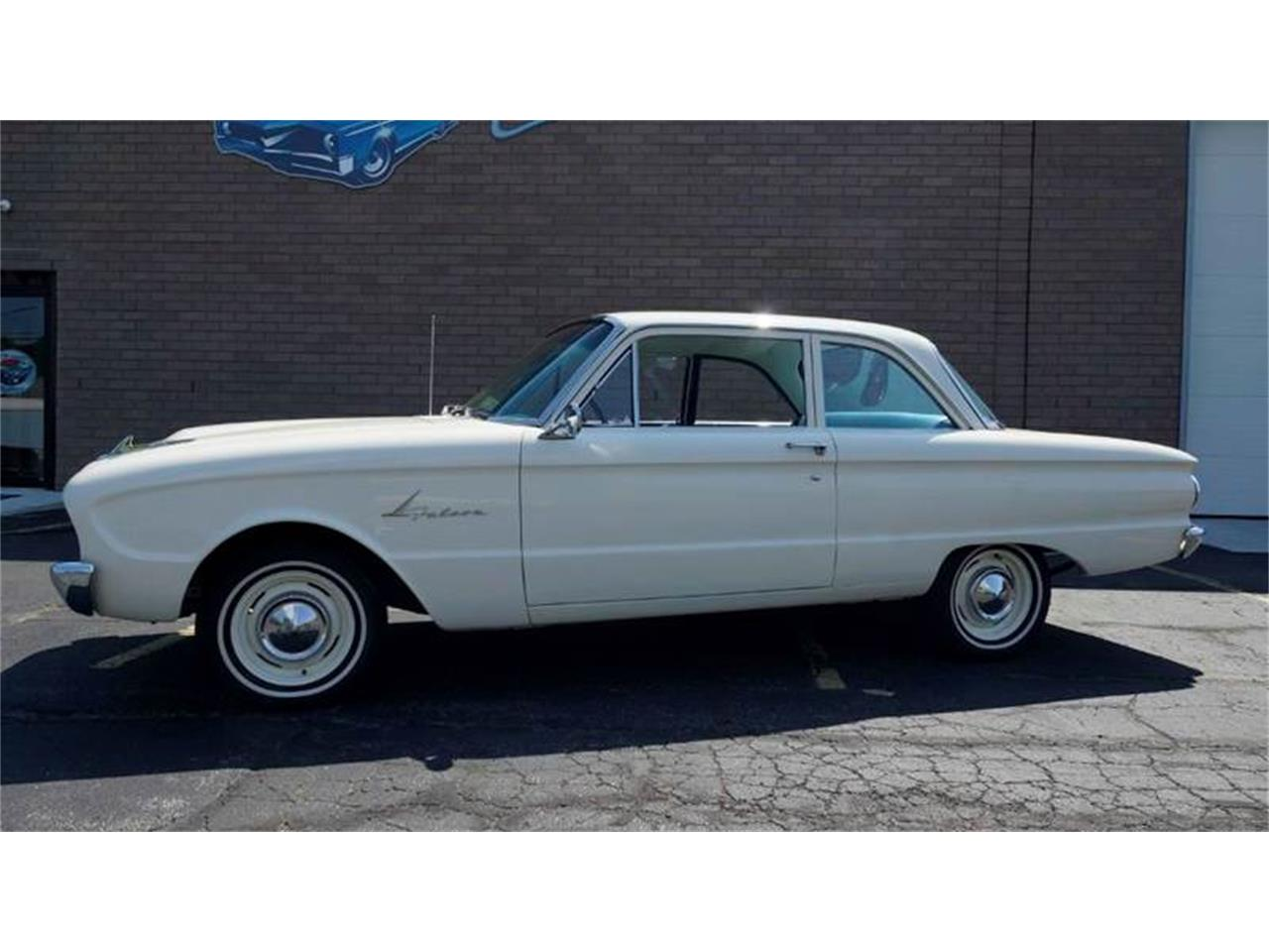 Large picture of 61 ford falcon ovnr